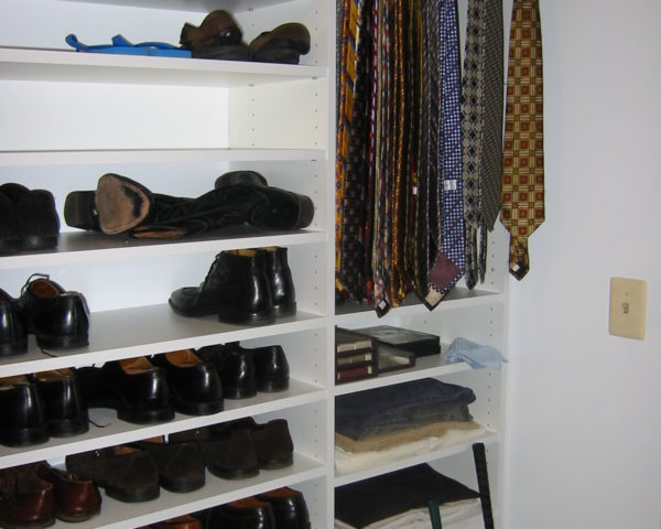 Charming Shoes And Tie Rack