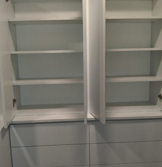 Shelves Over Drawers