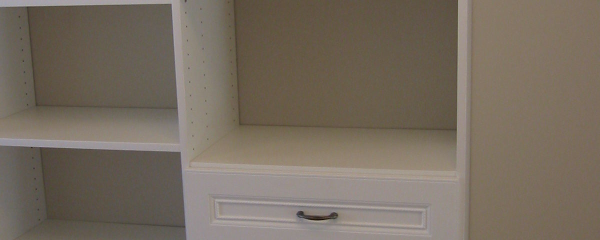 Built-in drawers in clothes closet system