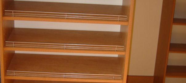 Angled closet shelves
